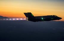 القوات الجوية الأمريكية تدرس إستخدام الطائرات الذاتية القيادة لإنقاذ الطيارين - إلكتروني