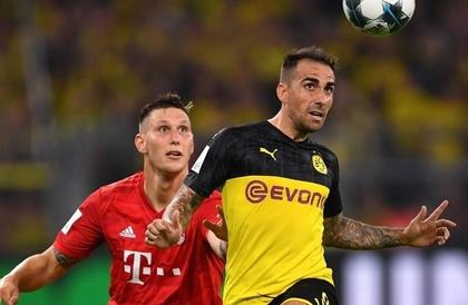 كرة القدم: دورتموند يطيح ببايرن ميونيخ ويحرز الكأس السوبر الألمانية