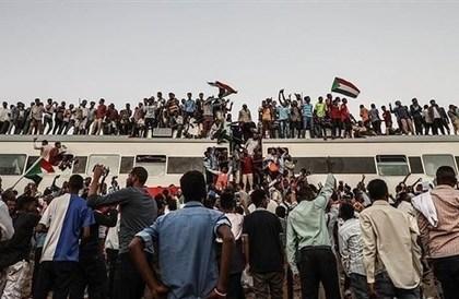 دبلوماسي لـ24:الإمارات لعبت دوراً سياسياً واقتصادياً بارزاً في أزمة السودان