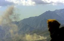 """""""طالبان"""" تضرم النار في مدرسة للبنات بكابل"""