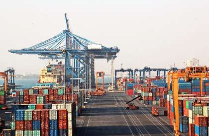 السعودية تسجل أعلى مستوى تاريخي في صادراتها غير النفطية    البوابة