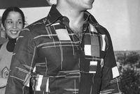 أعلن ملكًا بعد عزل والده بسبب مرضه وذلك في 11 أغسطس 1952 ولم يكن يبلغ السن القانونية
