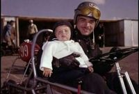 كان طيارًا متميزًا حيث قاد طائرته الخاصة عدة مرات، كما كان قائد دراجات نارية وسائق سيارات سباق بارع