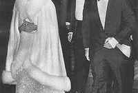 الزوجة الثالثة هي الملكة علياء، توفيت في حادث تحطم هليكوبتر عام 1977