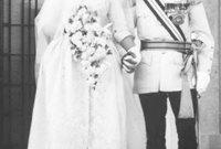 الزوجة الثانية هي توني غاردنر، وهي ابنة نقيب بريطاني متقاعد كان يعمل في الأردن