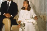الزوجة الأخيرة هي ليزا نجيب حلبي أو الملكة نور الحسين