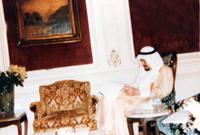 كما أمر الملك خالد بتغيير باب الكعبة، وصُنع باب جديد من الذهب الخالص، مزخرف بالكتابات الإسلامية