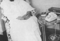 ثم أجرى عملية لاستئصال جزء من الجدار الأمامي من الحجرة القلبية اليسرى وفي عام 1972 بمستشفى كليفلاند