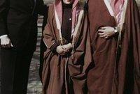 كان الابن الأكثر دلالًا في طفولته للملك فهد حيث كان يصبحه معه دائمًا في كل المناسبات سواء كانت رسمية أو غير رسمية