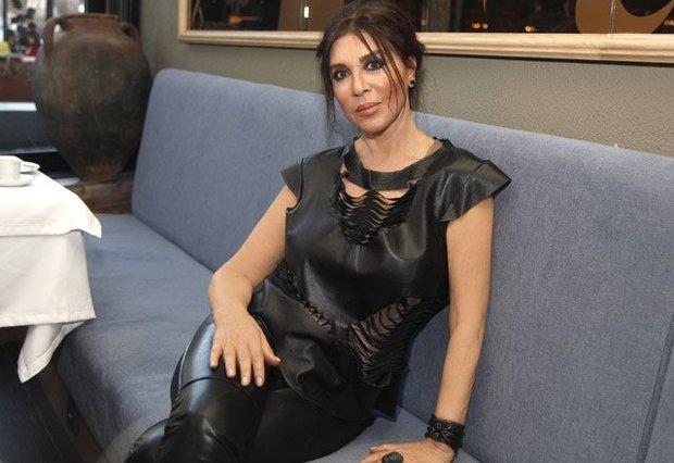 نبهات جهري، ممثلة تركية من أصل جورجي ولدت في تركيا عام 1945م