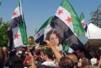 وشهدت جنازتها حضور عدد كبير من السوريين باعتبارها رمز من رموز الثورة السورية