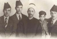 صورة عبد السلام عارف برفقة والده وأخيه