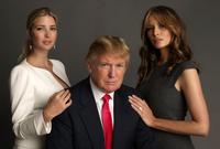صورة تجمعها بدونالد ترامب وإيفانيكا ترامب