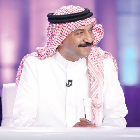 ولد عبادي جوهر عام 1953 في مدينة جدة بالسعودية