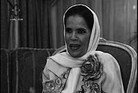 بدأت حياتها المهنية كمدرسة، وتم اعتبارها السيدة السادسة التي تصبح معلمة في الكويت وبدأت كتابة المقالات للصحف خلال عملها كمعلمة.