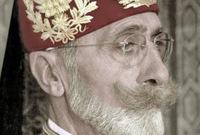 تولى العرش الحسيني بين أعوام 1943 حتى عام 1957
