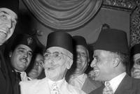 وبعد سنة وبضعة أشهر من الاستقلال اتخذ المجلس القومي التأسيسي بقيادة بورقيبة قرارًا بإلغاء النظام الملكي بتونس وإعلان النظام الجمهوري في يوم 25 يوليو 1957