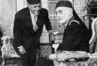 وبذلك أصبح بورقيبة أول رئيس للجمهورية التونسية