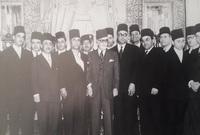 ودفن في مقبرة سيدي عبد العزيز بالمرسى