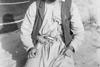 كان الابن الأصغر لوالده الشيخ سلطان، وأصبح والده حاكمًا لأبو ظبي حين بلغ الـ 14 عامًا