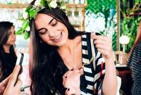 مدونة سعودية الجنسية تعيش بين لندن وجدة ودبي