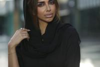 """سارة المدني ،مصممة الأزياء وسيدة الأعمال الإماراتية ومؤسسة ومديرة """"روج كوتور"""" منذ عام 2002،  كما تملك """"مطعم شبربوش"""" منذ عام 2016 في دبي."""