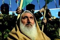 اُعتقل من قبل السلطات الإٍسرائيلية عام 1982م بتهمة تشكيل تنظيم عسكري وحيازة أسلحة وتم الأفراج عنه في عام 1985 ضمن عملية تبادل أسرى