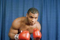 احترف تايسون رياضة الملاكمة في سن صغيرة للغاية ويلفت الأنظار بفضل بنيته الجسدية القوية