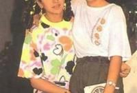 شقيقتها هي الممثلة الشهيرة كارينا كابور