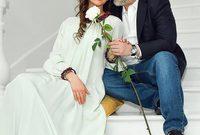 ذكرت أخبار محلية أن السلطان محمد الخامس وزوجته انفصلا مؤخرًا وفقًا لوثيقة ذكرت أن الطلاق بينهما تم بـ«الثلاثة» بداية شهر يونيو الحالي، وكانت الوثيقة انتشرت على مواقع التواصل