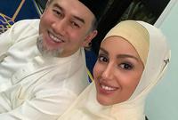 بعد زواجهما ترددت أنباء عن اعتناقها الدين الإسلامي