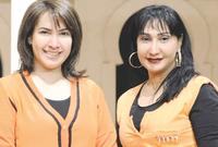 هدي حسين مع شقيتها سحر