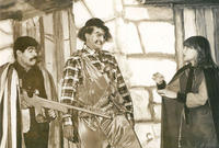 """أول إنتاج مسرحي لها كان مسرحية """"ليلى والذيب"""" والتي شاركت في التمثيل فيها أيضا، واستمرت بعد ذلك بتقديم الأعمال المسرحية للطفل حتي بعد الحرب وانتقالها للإقامة بقطر"""