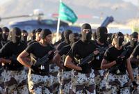 يبلغ عدد أفراد القوات المسلحة السعودية 440 ألف فرد سواء كانوا ضباطًا أو جنود