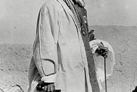 """معركة الرياض """"المعركة الأولى نواة تأسيس الدولة الحديثة"""" ..في 15 يناير 1902 قامت المعركة الكبرى والحاسمة بين قوات الأمير عبد العزيز وآل رشيد ليحقق الأمير عبد العزيز انتصارا كبيرا تمكن على إثره من السيطرة على الرياض لتصبح تحت حكم آل سعود"""