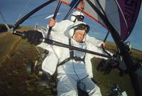 وبالعودة للرياضات الخطيرة نجد أن بوتين صاحب القلب الحديدي يمارس رياضة ركوب الطائرات الشراعية من حين لآخر رغم الخطورة الكبيرة المصاحبة لتلك الرياضة