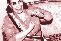 النجمة المصرية ماري منيب التي تحولت من المسيحية إلى الإسلام بعد شهرتها، وكانت نتيجة اسلامها أن أسلم عدد من أفراد أسرتها وأحفادها وأشهرهم المطرب الراحل عامر منيب