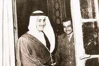 لقطات نادرة للملك سلمان بن عبد العزيز في شبابه مع الرئيس جمال عبد الناصر