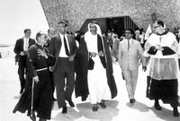 عندما أصبح الشيخ راشد في سن 18، بدأ في حضور مجلس والده الشيخ سعيد بن مكتوم، واضطلع بدور بارز في حكم إمارة دبي أثناء حياة والده منذ عام 1938، ويعتبر واضع الأسس الحديثة لدبي الحديثة