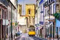 تتميز لشبونة بأنها ذاخرة بالألوان والشواطئ المشمسة وحضارة البحر الأبيض المتوسط