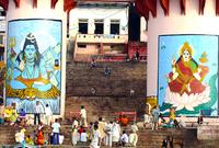 من أقدس المدن الهندية تشتهر بالمعابد الواقعة على ضفة نهر الغانج المقدس