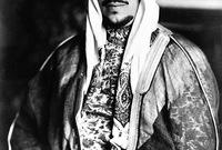 ولد في نفس اليوم الذي استعاد فيه والده الرياض من آل رشيد ليبدأ نواة تأسيس الدولة السعودية الثالثة