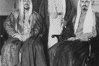  أسس هيئة عليا للإشراف على المسجد الحرام وتوسعته وأسندها إلى الأمير فيصل بن عبد العزيز آنذاك