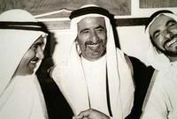 في 2 ديسمبر 1971، تم إقرار دستور اتحاد الإمارات بشكل مبدئي، ووقع حكام الإمارات الستة بقصر الضيافة في دبي على الدستور مانحين الشرعية لقيام الاتحاد بينهم والاستقلال عن بريطانيا