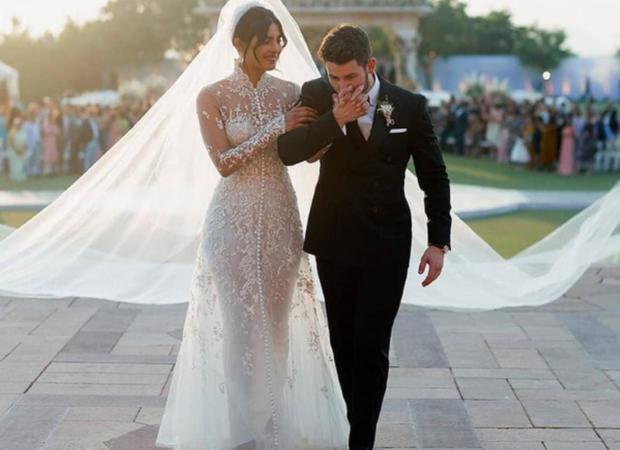 أقيم حفل زفاف نجمي هوليود بريانكا شوبرا الهندية والمغني نيك جوناس الأمريكي منذ أيام قليلة.. إليك بعض الحقائق عن العروسين وحفل الزفاف