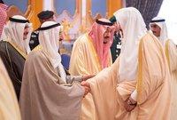 الملك سلمان مستقبلًا الأمير صباح الرابع أمير الكويت