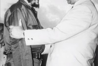 وانضم إلى هيئة الأركان برئاسة العقيد هواري بومدين، كما شارك في مؤتمر طرابلس، الذي أسفر عنه خلاف بينه وبين الحكومة المؤقتة للجمهورية الجزائرية