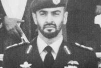 شغل عدة مناصب في القوات المسلحة الإماراتية، منها: ضابط في الحرس الأميري لقوات النخبة في دولة الإمارات، وطيار في القوات الجوية..