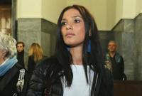 تمت تبرئت برلسكوني في وقت لاحق بعد أن حكم القاضي بأنه كان يجهل أن العاهرة قاصر