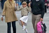 أميرة النرويج أنجريد في أول يوم دراسي لها